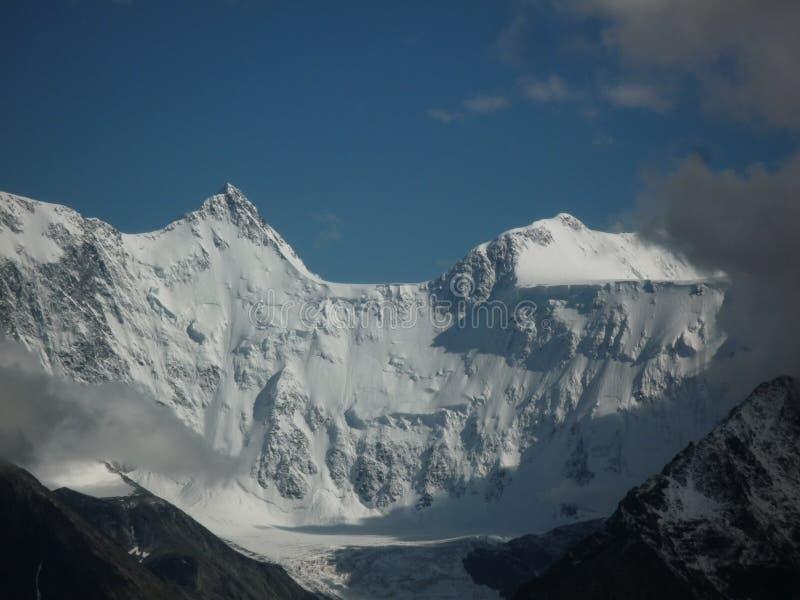 Montagne de Belukha, Altai image stock