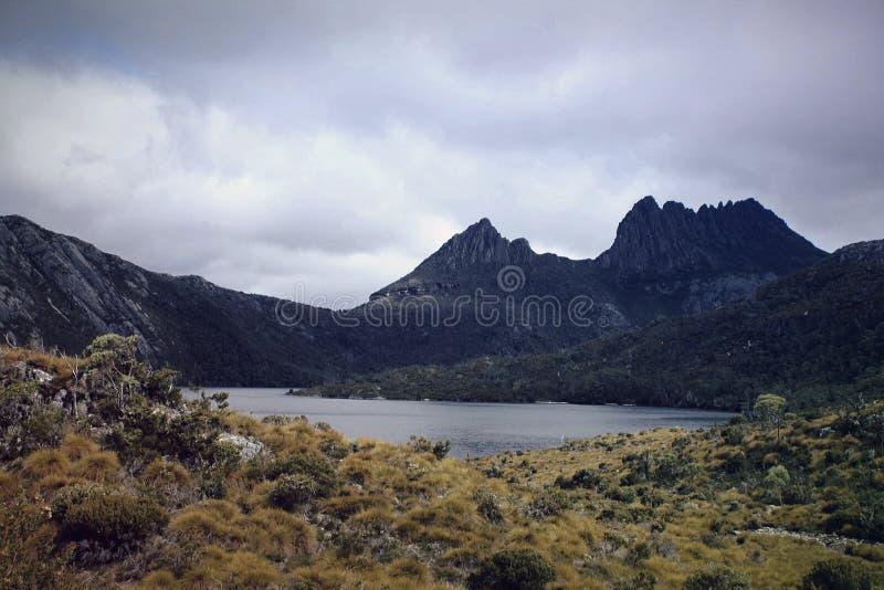 Montagne de berceau images stock