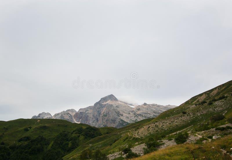 montagne de Caucase majestueuse image libre de droits