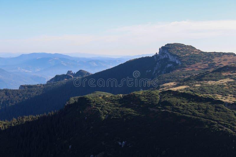 Montagne de Ceahlău photo libre de droits