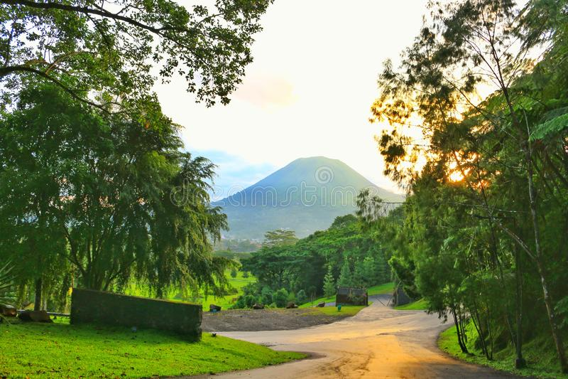Montagne de Lokon photo stock