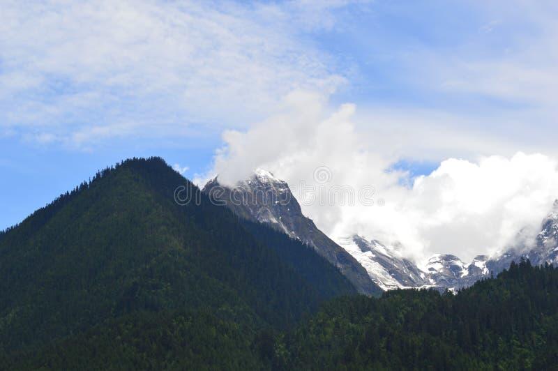 Montagne de paysage-neige du Thibet photo stock
