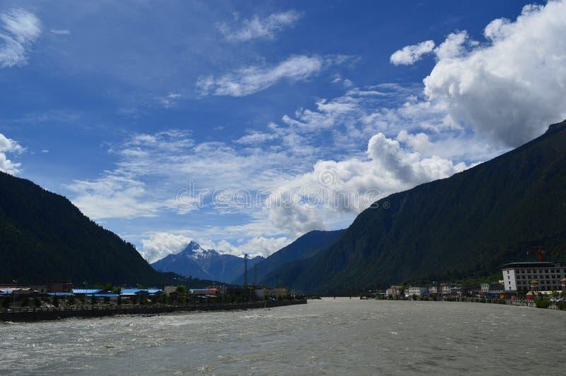 Montagne de paysage-Sonw du Thibet photos libres de droits