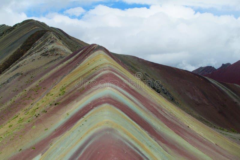 Montagne de sept couleurs au Pérou photo libre de droits