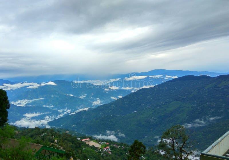 Montagne de Smokey Himalayan photo stock
