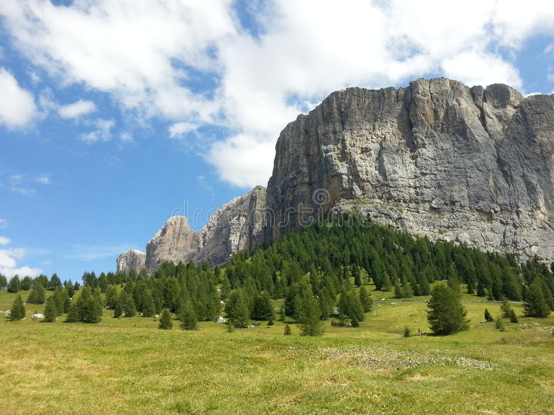 Montagne de Stevia dans Dolomiti photographie stock libre de droits