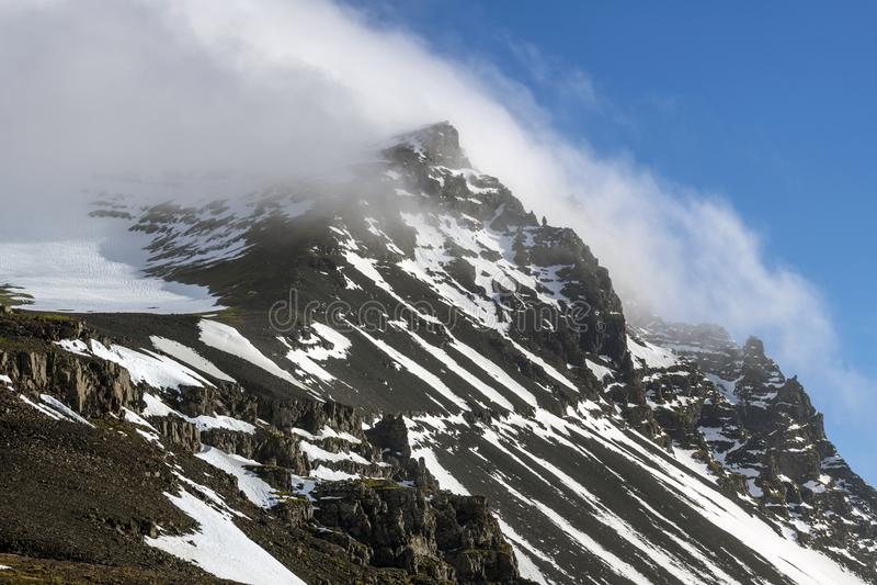 Montagne de Vestrahorn en Islande photo stock