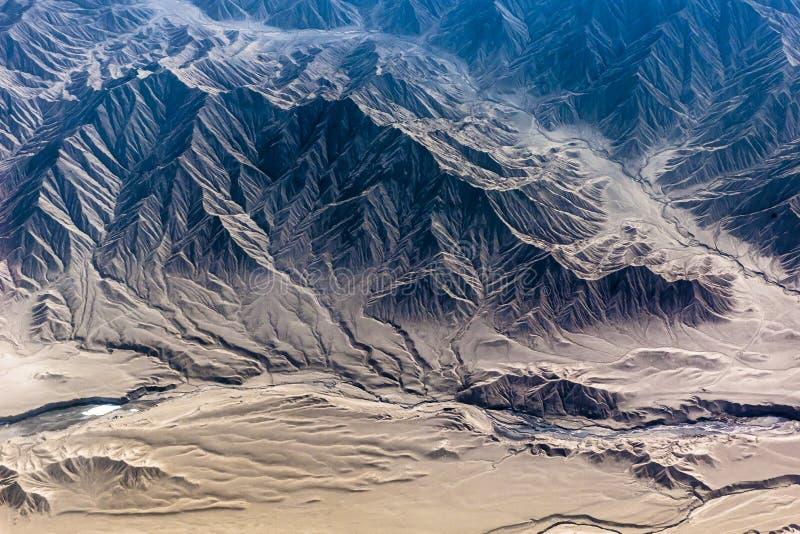 Montagne dell'Himalaya veduta dall'aereo fotografia stock