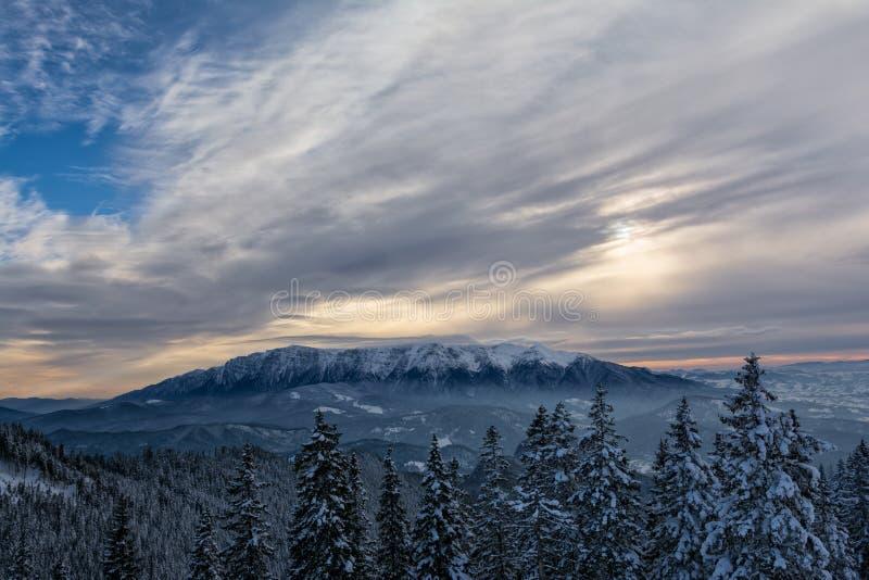 Montagne di af Bucegi di vista, Romania immagine stock
