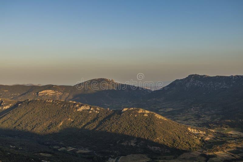 Montagne di Corbieres, Francia immagine stock libera da diritti