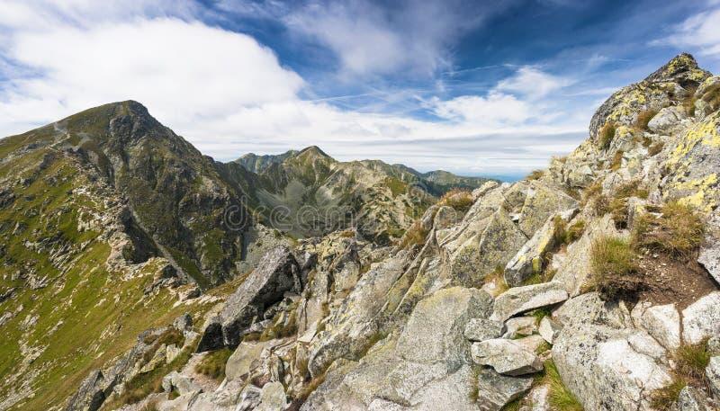 Montagne in estate fotografia stock