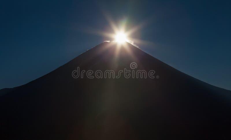 Download Montagne Fuji image stock. Image du aube, matin, japan - 87701743