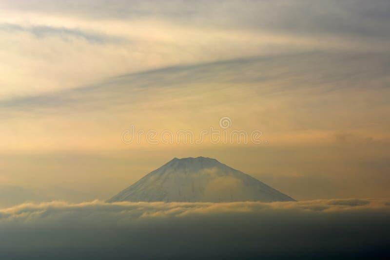 Montagne Fuji dans la fin d'hiver, paysage naturel images libres de droits