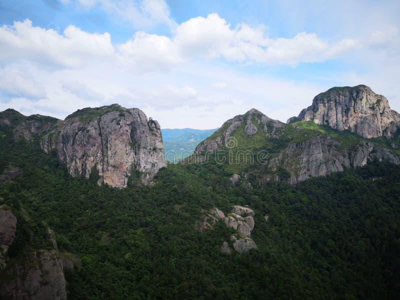Montagne moyenne Custer Landform de Yandang images stock