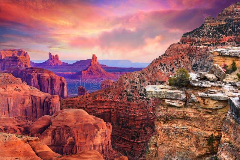Montagne nel parco nazionale Arizona di Grand Canyon fotografia stock