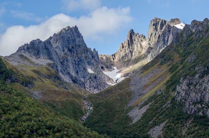 Montagne in Norvegia del Nord fotografia stock libera da diritti