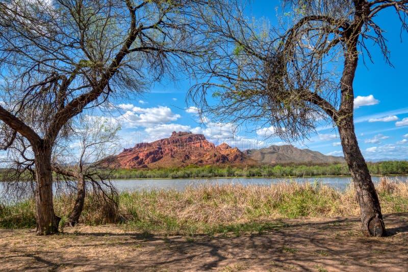 Montagne rouge Mt McDowell photographie stock libre de droits