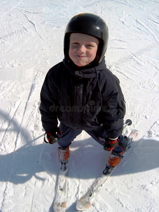 Montagne-skieur photo stock