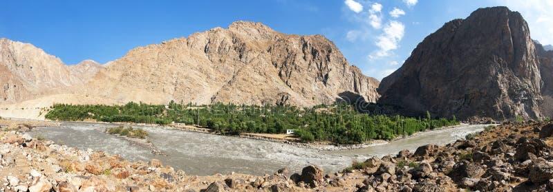 Montagne Tagikistan di Panj o del Amu Darya e di Pamir immagini stock
