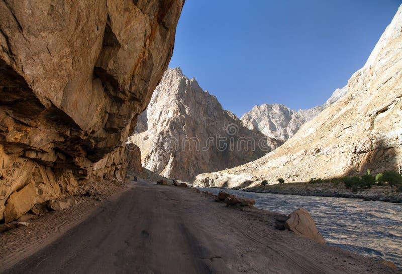 Montagne Tagikistan di Panj o del Amu Darya e di Pamir fotografie stock