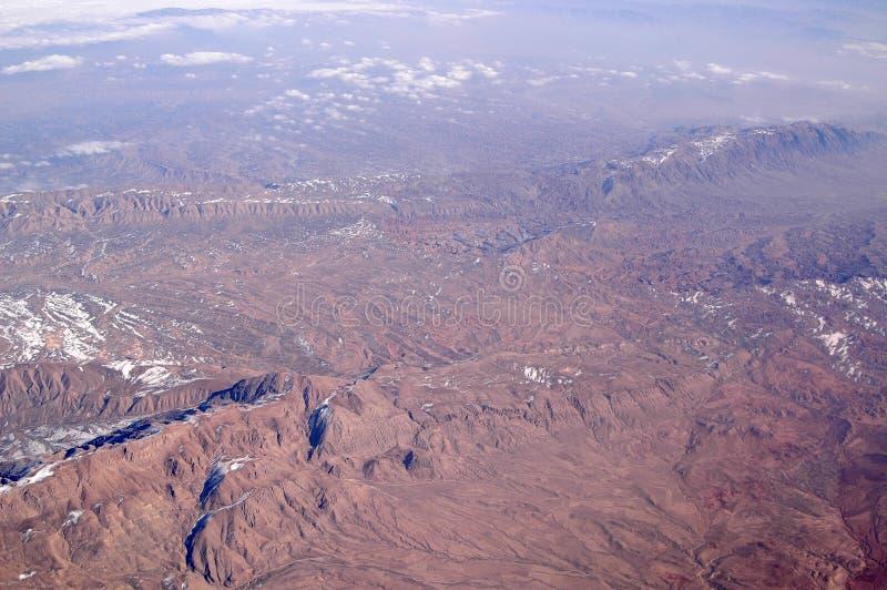 Montagne, vista aerea Superficie della Terra Protezione dell'ambiente ed ecologia smania dei viaggi e viaggio Corrisponda su alla immagini stock libere da diritti