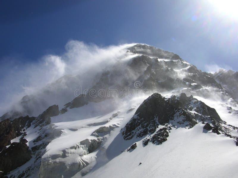 Montagnes asiatiques centrales de Tien Shan image stock