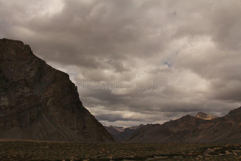 montagnes au ladakh de Leh photo stock