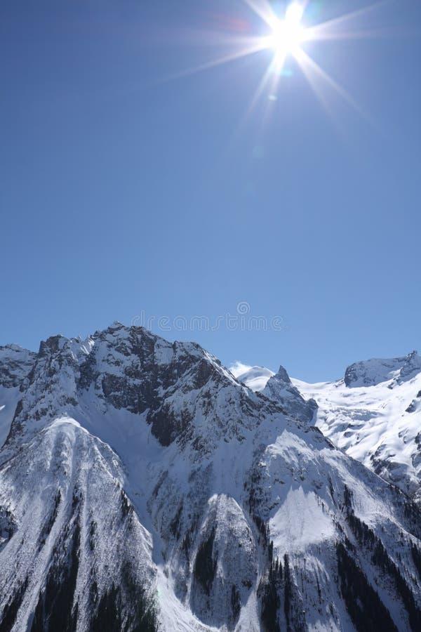 Montagnes caucasiennes images stock