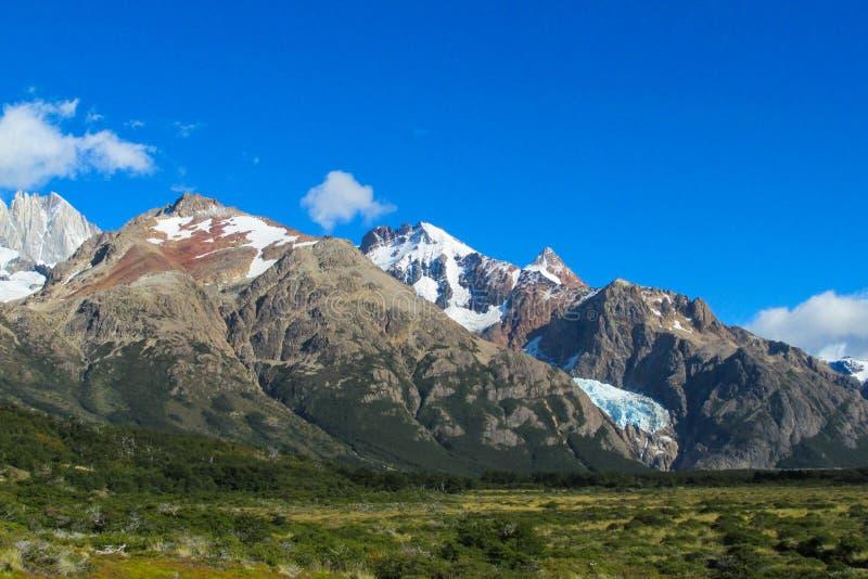 Montagnes chiliennes de patagonia photo stock
