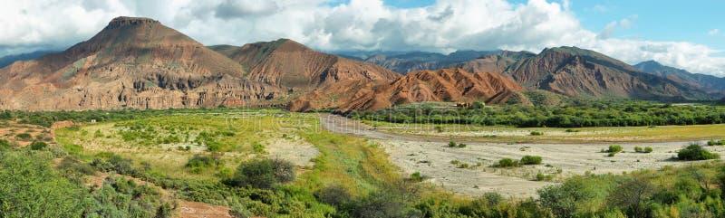 Montagnes colorées de Quebrada de las Conchas, Argentine images stock