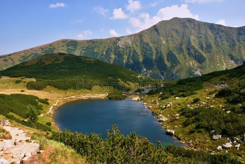 Download Montagnes Corses De Montagne De Lac De Laque Du Creno De France De La Corse Photo stock - Image du voyage, montagnes: 45352484