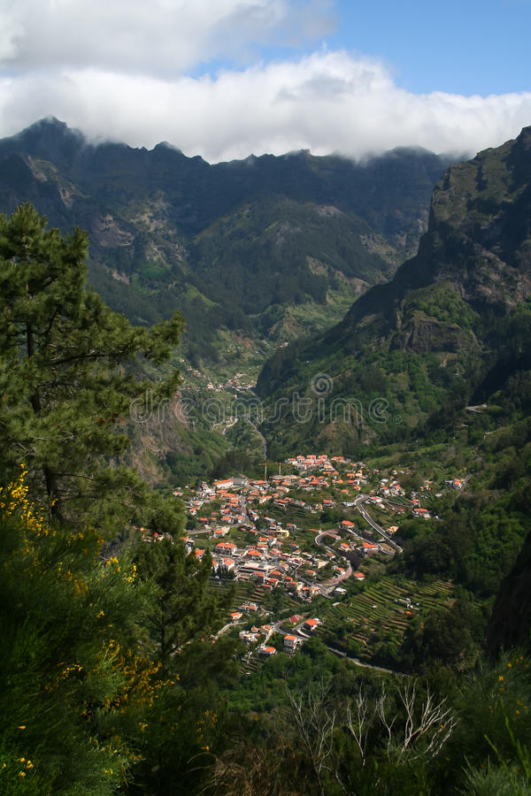 Montagnes d'île de la Madère photographie stock