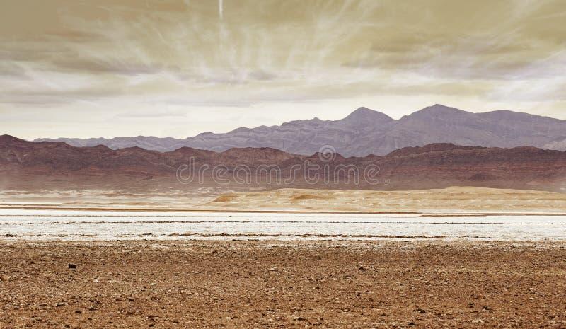 Montagnes dans le désert, la Californie du sud image stock