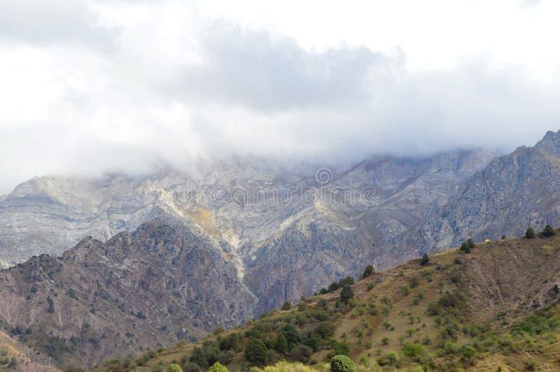 Montagnes de Bildersay dans l'autmn image stock