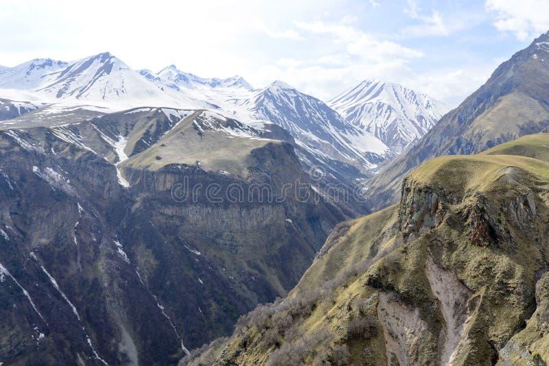 Montagnes de Caucase photo libre de droits