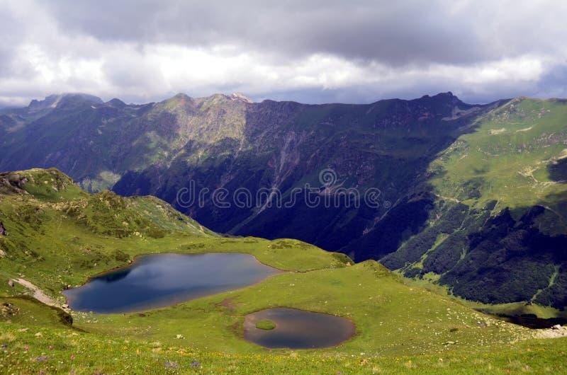 Montagnes de Caucase photos libres de droits