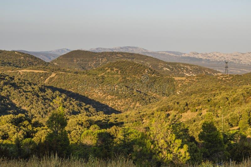 Montagnes de Corbieres, Frances photo libre de droits