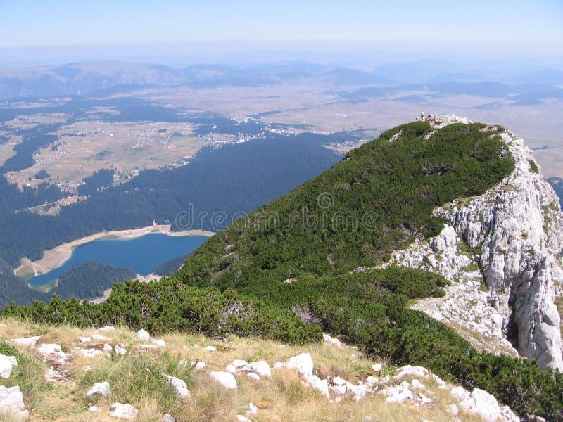 Montagnes de Crno Jezero (lac noir) Durmitor images stock
