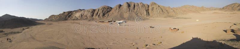 Montagnes de désert de Hurghada image stock