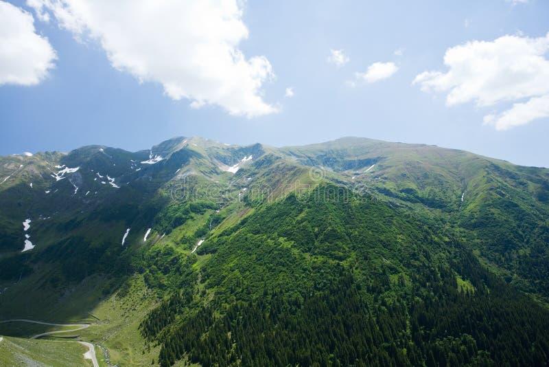 Montagnes de Fagaras en Roumanie photos stock