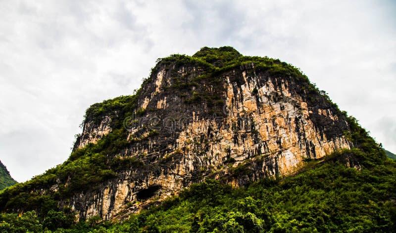 Montagnes de Karst à Guilin, Chine images stock