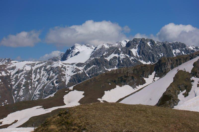 Montagnes de l'Abkhazie photos stock