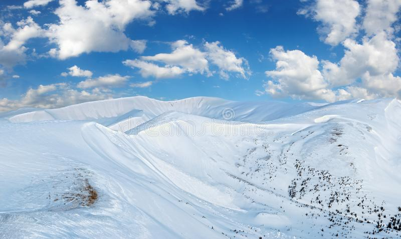 Montagnes de matin d'hiver photos libres de droits
