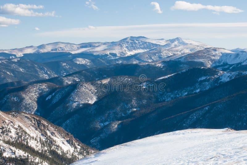 Montagnes de neige photo stock