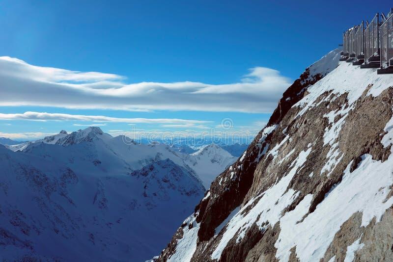 Montagnes de neige en Autriche photos libres de droits