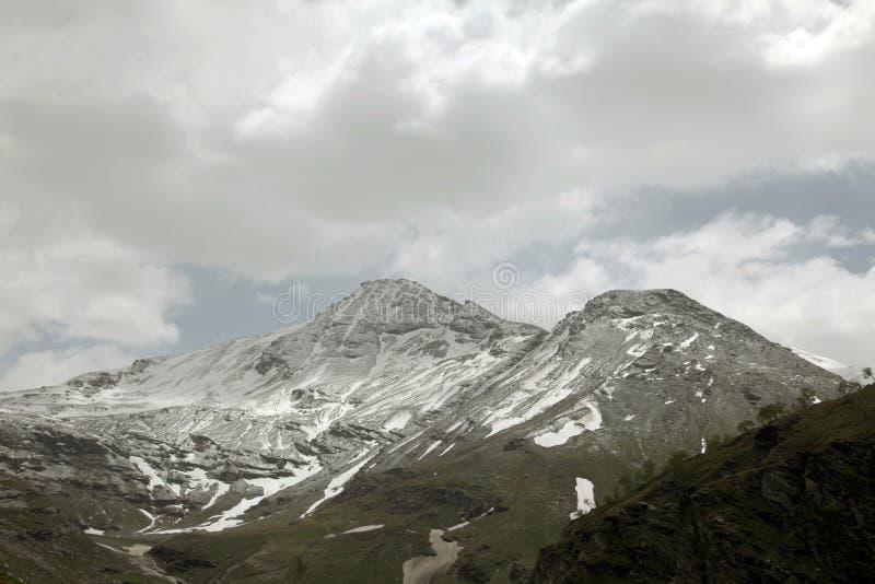 Montagnes de passage de Rohtang photos libres de droits