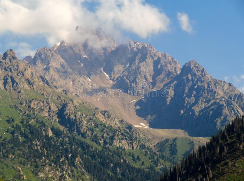 Montagnes de Tian Shan photo stock