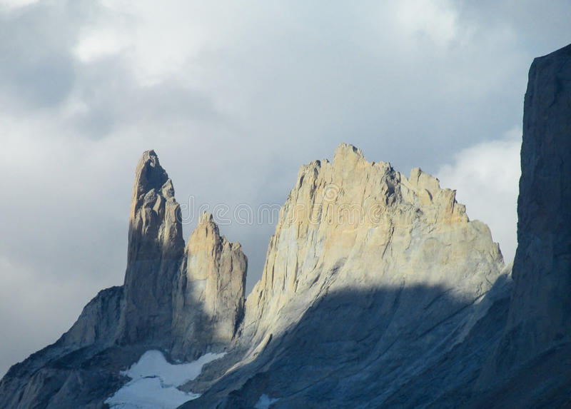 Montagnes de Torres del paine photo libre de droits