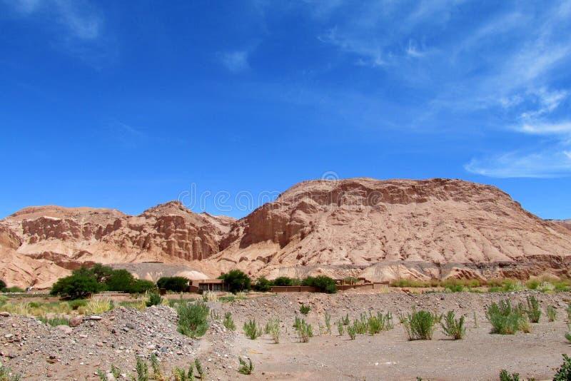 Montagnes de Valle Quitor dans Atacama image stock