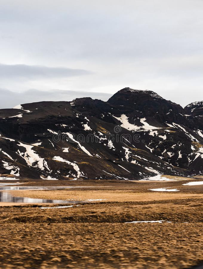 Montagnes en Islande photographie stock